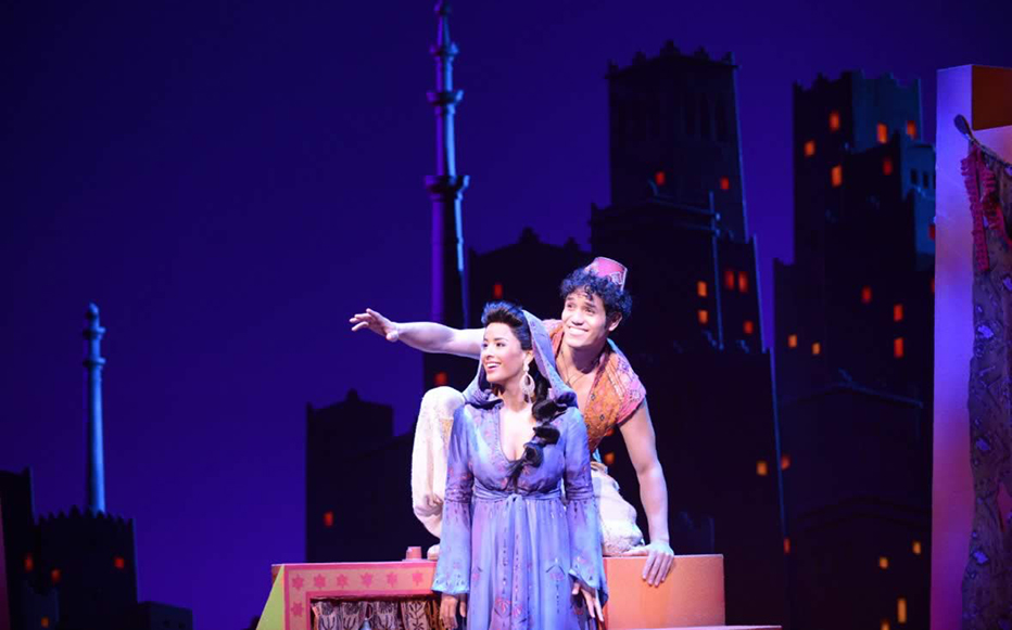 Courtney Reed as Jasmine and Adam Jacobs as the title character in ALADDIN. Photo by Deen Van Meer